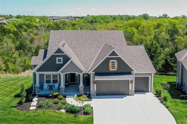 25955 W 96th Terrace, Lenexa, KS 66227 (#2317547) :: Team Real Estate