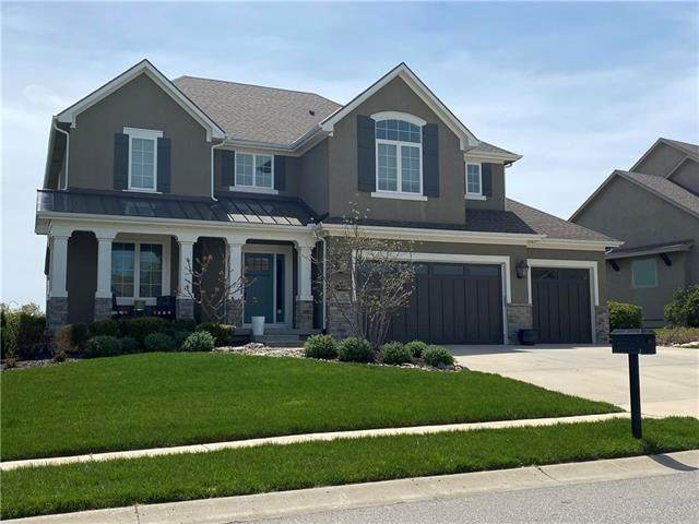 2827 NE 102nd Terrace, Kansas City, MO 64155 (MLS #2317593) :: Stone & Story Real Estate Group