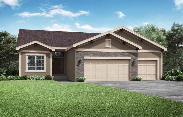 1516 SW Sugar Tree Drive, Lee's Summit, MO 64082 (#2317721) :: Eric Craig Real Estate Team