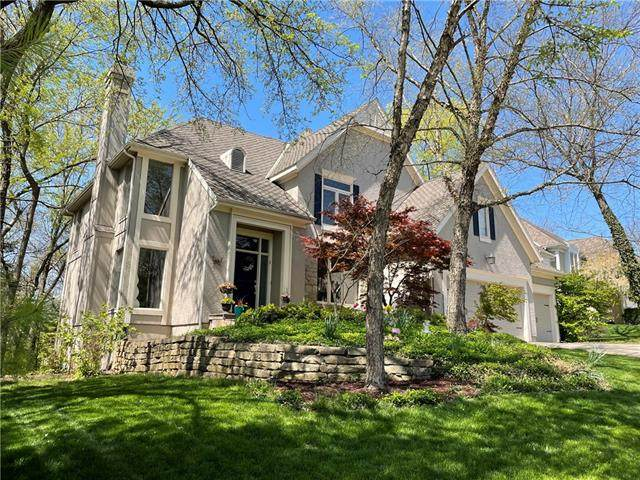 10834 S Whitetail Lane, Olathe, KS 66061 (#2317761) :: Audra Heller and Associates
