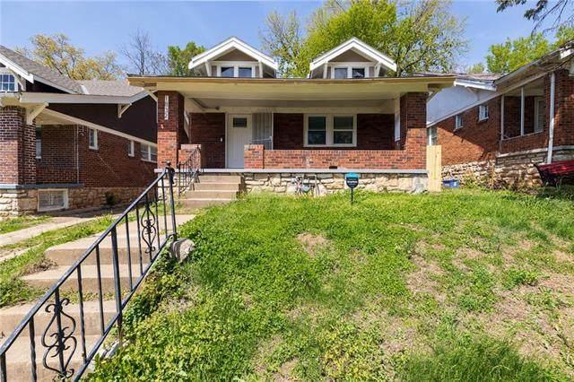 1832 E 68th Terrace, Kansas City, MO 64132 (MLS #2317849) :: Stone & Story Real Estate Group