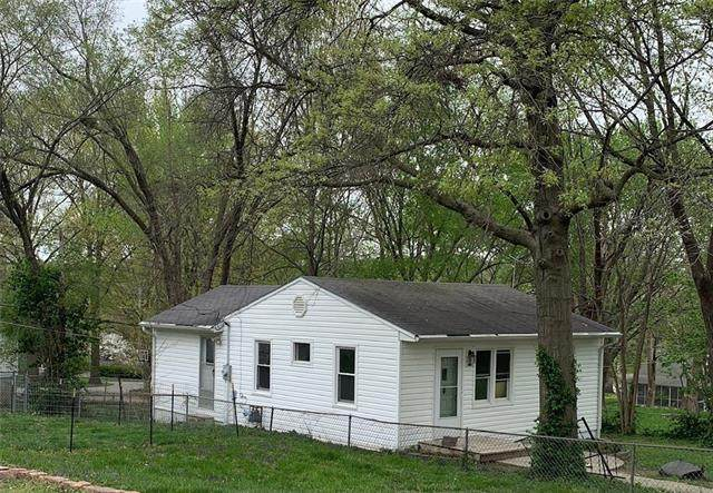 1419 Todd Street, Platte City, MO 64079 (#2318051) :: Eric Craig Real Estate Team