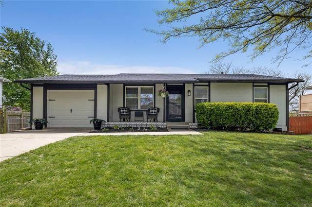 643 Colleen Drive, Gardner, KS 66030 (#2318067) :: Five-Star Homes
