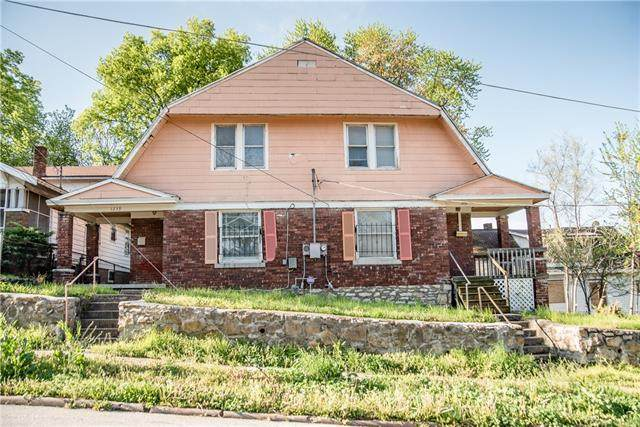 1239 Cleveland Avenue, Kansas City, KS 66104 (MLS #2318117) :: Stone & Story Real Estate Group