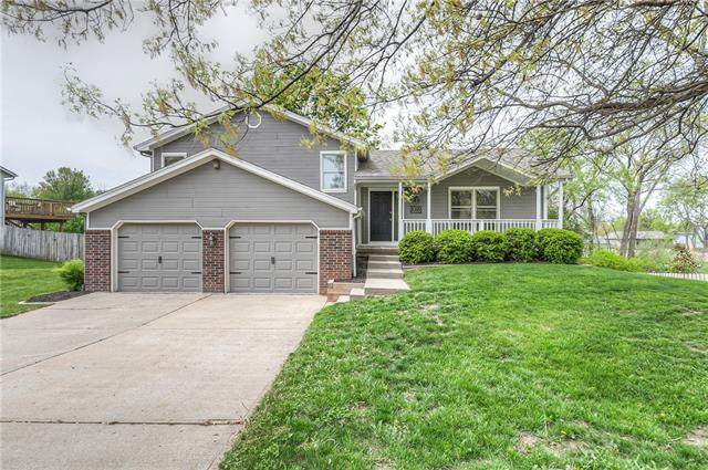 8500 N Crawford Avenue, Kansas City, MO 64153 (#2318183) :: Audra Heller and Associates