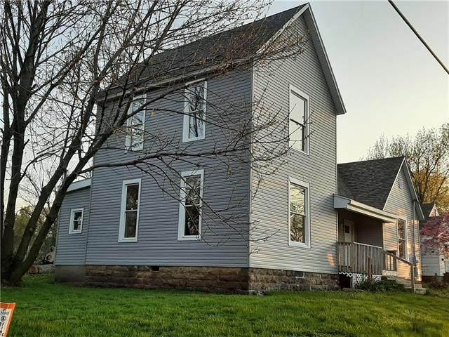 316 E Ohio Street, Clinton, MO 64735 (MLS #2318184) :: Stone & Story Real Estate Group