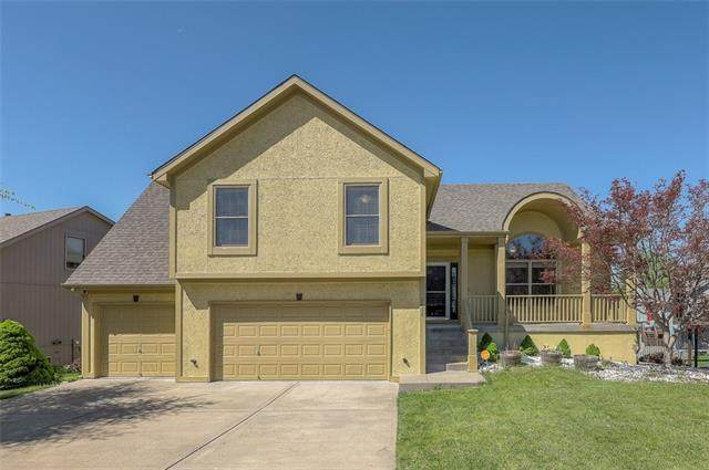 7406 N Donnelly Avenue, Kansas City, MO 64158 (#2318189) :: Tradition Home Group | Better Homes and Gardens Kansas City