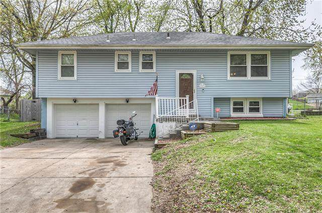 1911 Plymouth Road, Independence, MO 64058 (#2318288) :: Ron Henderson & Associates