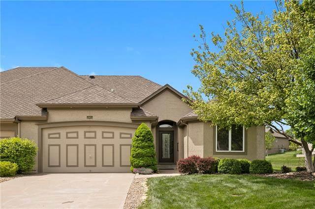 19405 W 100th Street, Lenexa, KS 66220 (#2318361) :: Team Real Estate