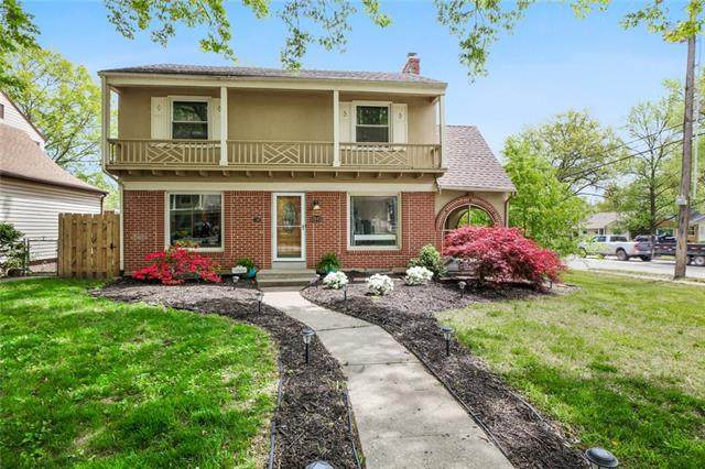7443 Campbell Street, Kansas City, MO 64131 (#2318371) :: Ron Henderson & Associates