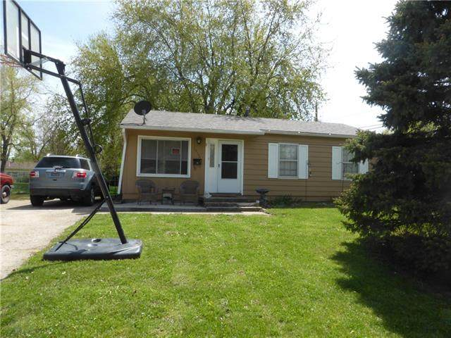 18505 E 5th Street, Independence, MO 64056 (#2318413) :: Team Real Estate