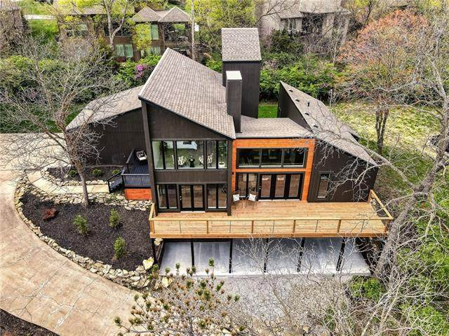 20702 W 69 Terrace, Shawnee, KS 66218 (#2318619) :: Team Real Estate
