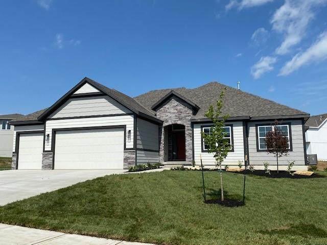 15692 W 171st Terrace, Olathe, KS 66062 (#2318624) :: Team Real Estate