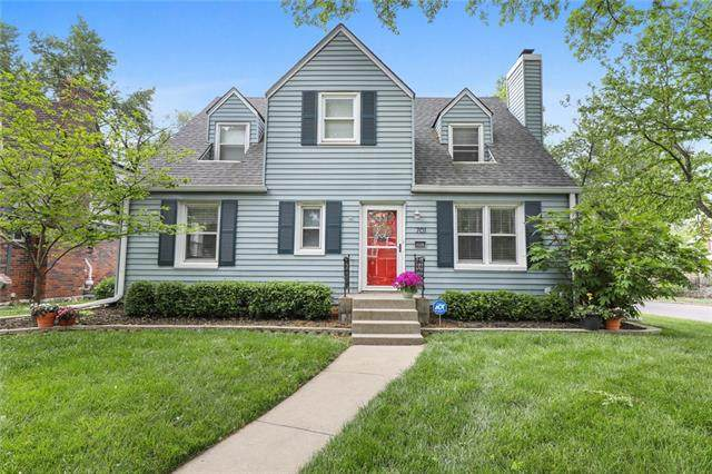 701 E 70th Terrace, Kansas City, MO 64131 (#2318747) :: Team Real Estate