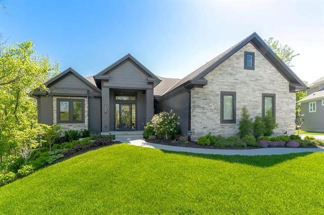 25001 W 95th Terrace, Lenexa, KS 66227 (#2318756) :: Eric Craig Real Estate Team