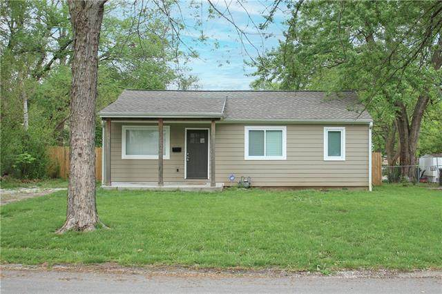 403 Robie Drive, Belton, MO 64012 (#2318799) :: Team Real Estate