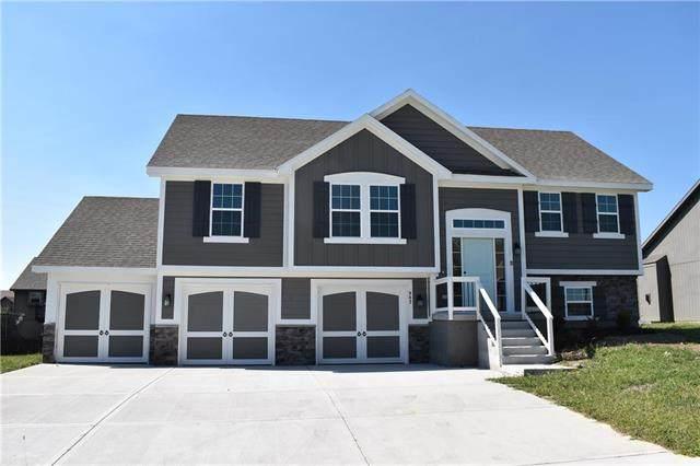 6002 NE 119th Terrace, Kansas City, MO 64156 (#2318905) :: The Rucker Group