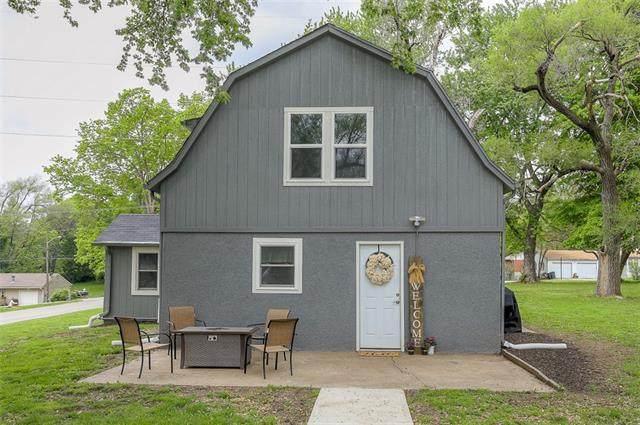 3445 N 63rd Street, Kansas City, KS 66104 (#2318924) :: Austin Home Team