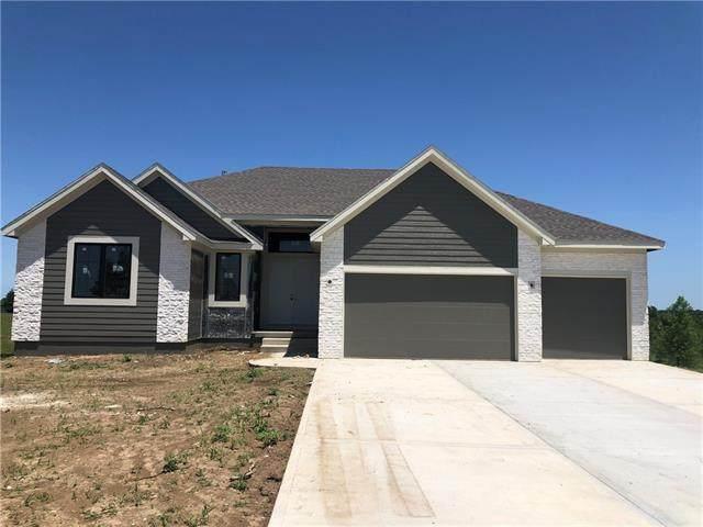 404 Prairie View Road, Greenwood, MO 64034 (MLS #2318943) :: Stone & Story Real Estate Group