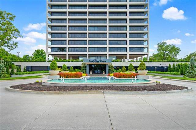 700 W 31st Street #405, Kansas City, MO 64108 (#2319017) :: The Shannon Lyon Group - ReeceNichols