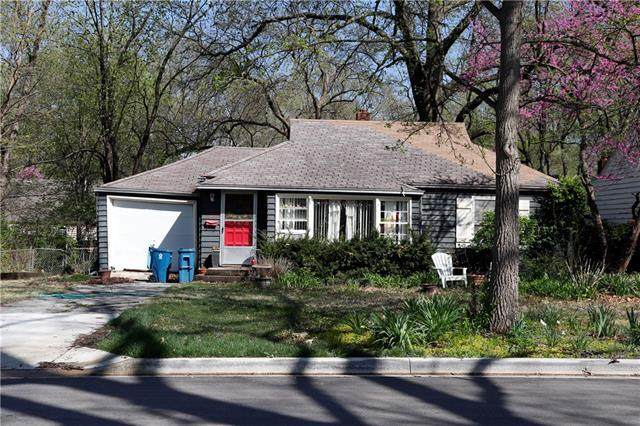 6723 Fontana Street, Prairie Village, KS 66208 (#2319061) :: The Shannon Lyon Group - ReeceNichols