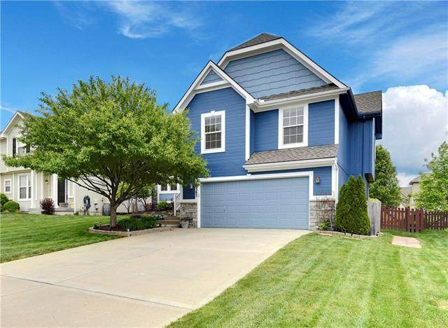 12385 S Race Street, Olathe, KS 66061 (#2319144) :: Team Real Estate