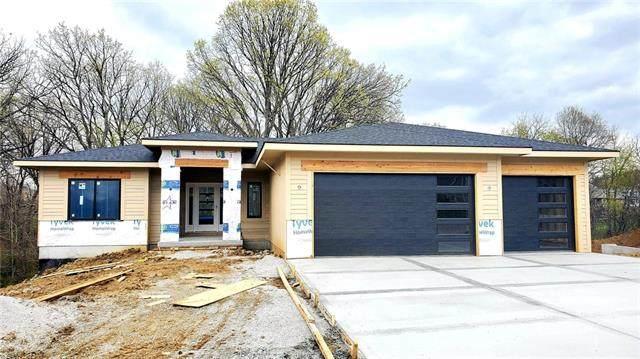 900 Foxglove Lane, Kearney, MO 64060 (#2319149) :: The Kedish Group at Keller Williams Realty