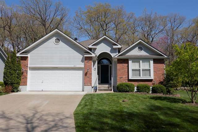 3013 S Redwood Drive, Independence, MO 64057 (#2319182) :: Dani Beyer Real Estate