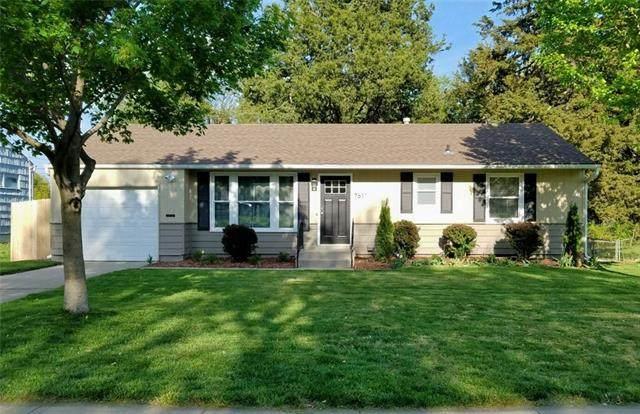 7611 Walmer Street, Prairie Village, KS 66204 (#2319203) :: Eric Craig Real Estate Team