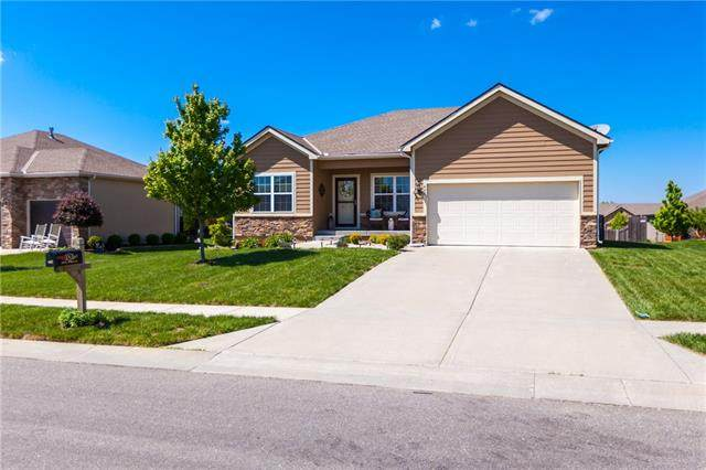 440 E Willow Street, Gardner, KS 66030 (#2319225) :: Team Real Estate