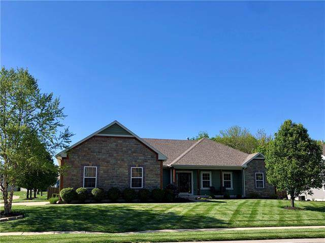 621 Plum Creek Circle, Gardner, KS 66030 (#2319252) :: Team Real Estate