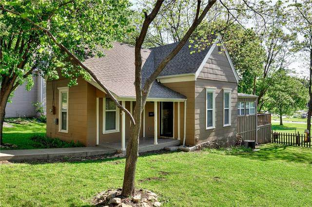 303 N Morse Avenue, Liberty, MO 64068 (#2319270) :: Tradition Home Group | Better Homes and Gardens Kansas City