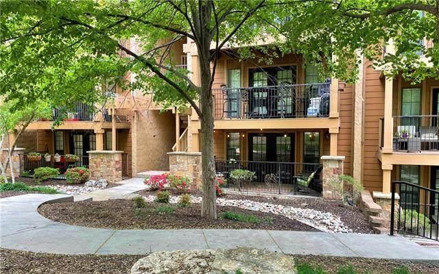 4727 Jarboe Street #42, Kansas City, MO 64112 (MLS #2319307) :: Stone & Story Real Estate Group