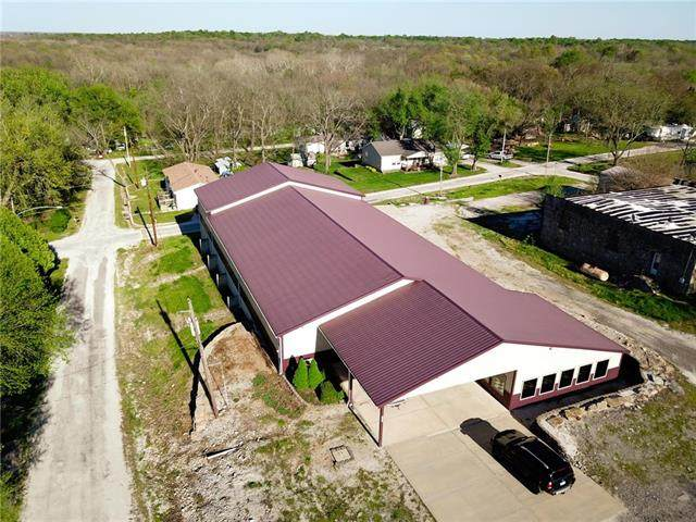 207 N Main Street, Cleveland, MO 64734 (MLS #2319321) :: Stone & Story Real Estate Group