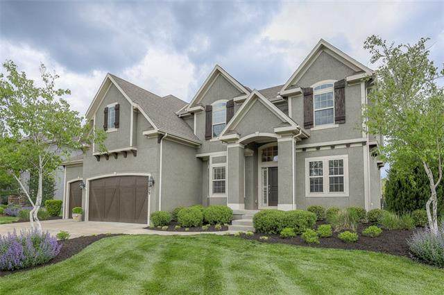 15629 Windsor Street, Overland Park, KS 66224 (#2319386) :: Team Real Estate