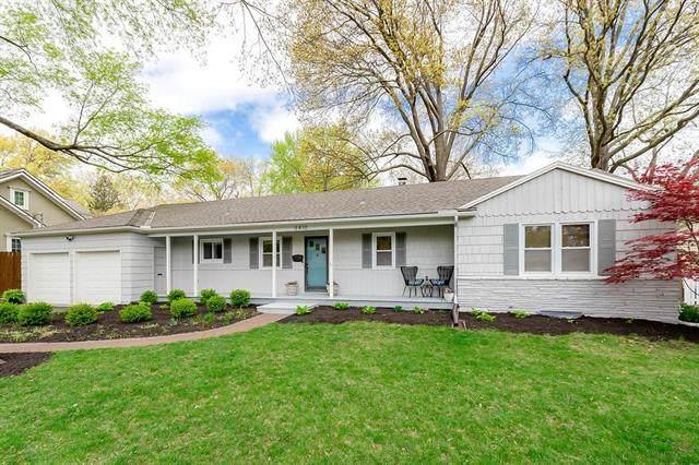 6410 W 69th Street, Overland Park, KS 66204 (#2319513) :: Team Real Estate