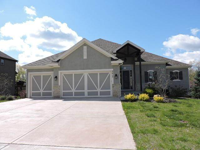 2617 W 162nd Terrace, Overland Park, KS 66085 (MLS #2319524) :: Stone & Story Real Estate Group