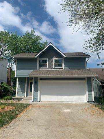 6604 Earnshaw Street, Shawnee, KS 66216 (#2319551) :: Team Real Estate