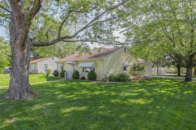 6701 N Campbell Street, Gladstone, MO 64118 (#2319559) :: Eric Craig Real Estate Team