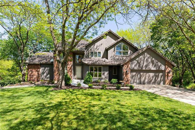 15821 Overbrook Lane, Overland Park, KS 66224 (#2319582) :: The Shannon Lyon Group - ReeceNichols