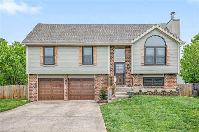 420 N Mulberry Court, Gardner, KS 66030 (#2319604) :: Team Real Estate