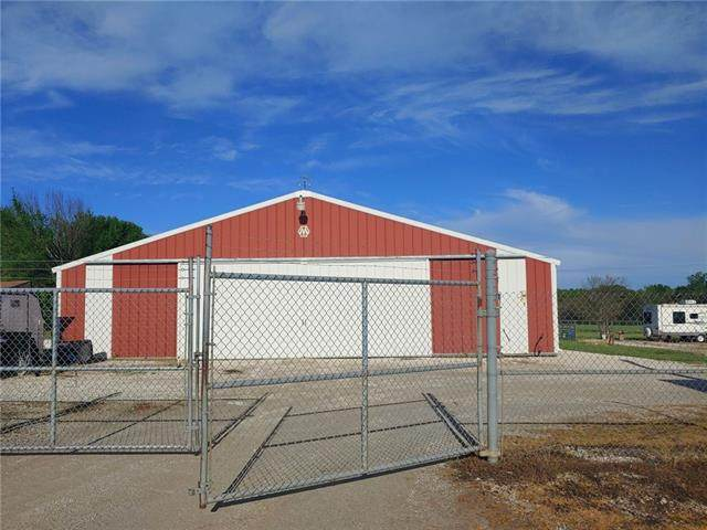 924 SE Highway Pp Highway, Clinton, MO 64735 (#2319698) :: Audra Heller and Associates