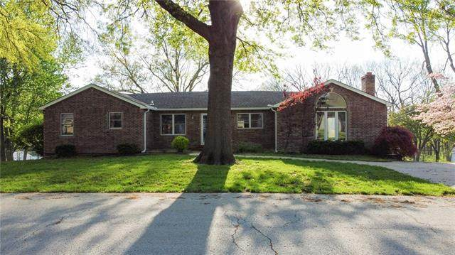110 N Sinclair Road, Independence, MO 64050 (#2319706) :: Ron Henderson & Associates