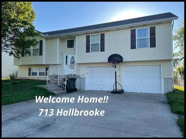713 Hallbrooke Drive, Warrensburg, MO 64093 (#2319815) :: Beginnings KC Team
