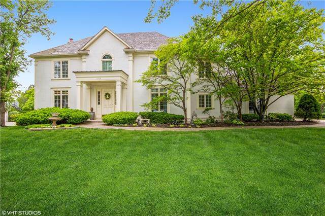 11408 Brookwood Avenue, Leawood, KS 66211 (#2319837) :: Team Real Estate