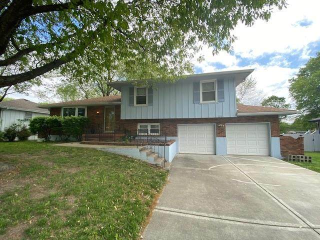 703 NE Independence Avenue, Lee's Summit, MO 64086 (#2319880) :: The Shannon Lyon Group - ReeceNichols