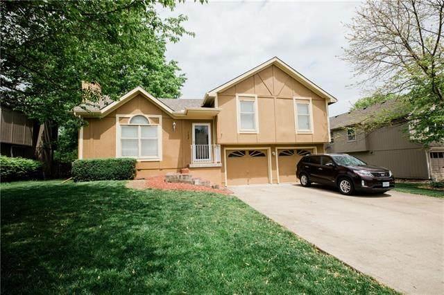 102 W Remington Terrace, Raymore, MO 64083 (#2319882) :: The Kedish Group at Keller Williams Realty