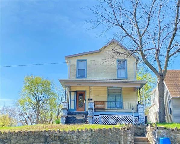 3138 Penn Street, St Joseph, MO 64507 (#2319889) :: Team Real Estate