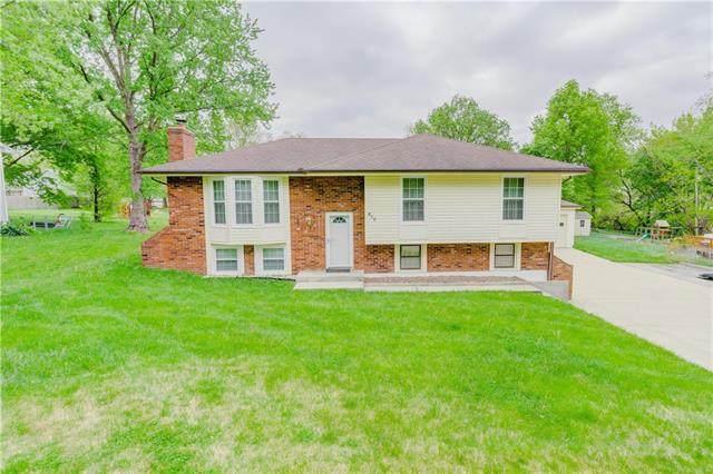 615 NE 113th Street, Kansas City, MO 64155 (#2319923) :: Audra Heller and Associates