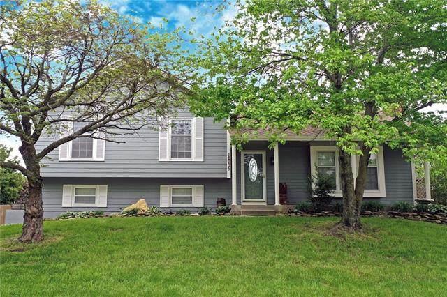 12105 W 48th Street, Shawnee, KS 66216 (#2319931) :: Five-Star Homes